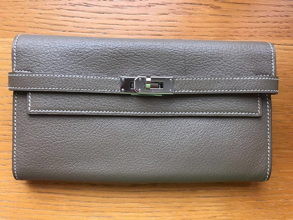 Hermes Kelly Wallet Clutch - ₽ 86 000 на Luxxy
